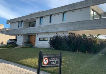 VALDEVEZ - Imponente Casa Moderna